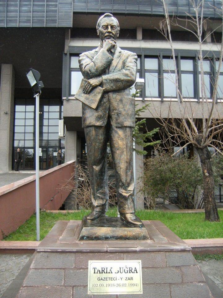 tarık buğra heykeli gazeteci yazar kimdir tankut öktem