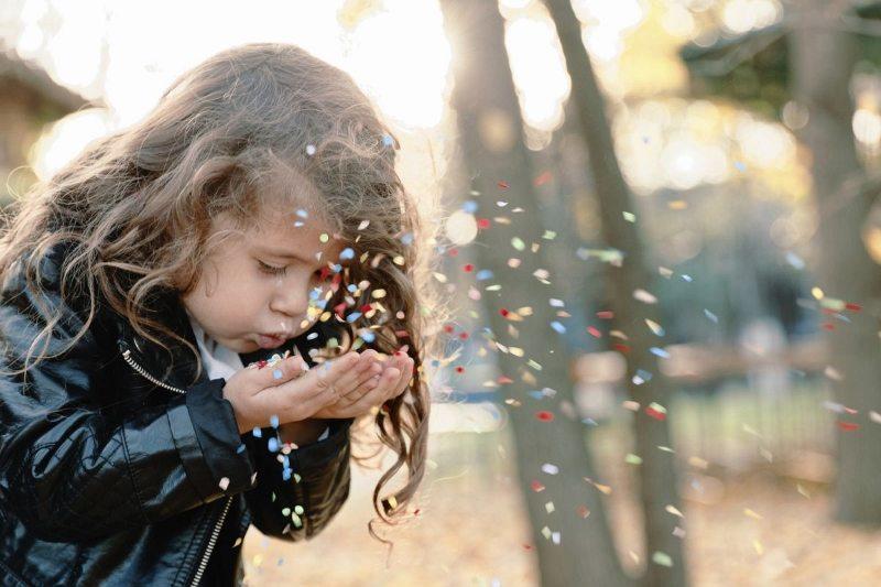 çocuklara kendisi olması için fırsat verin cesur