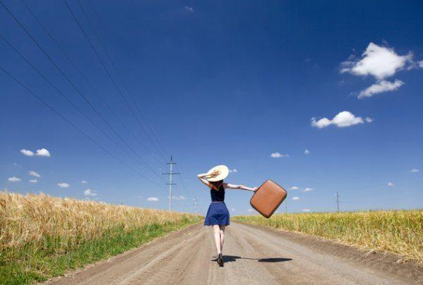 insan bazen yola çıkıp gitmeli yolculuk kadın güzel seyehat