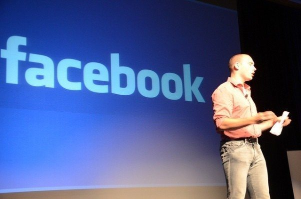 Facebook ve birbirimizi bağlayan ağlar