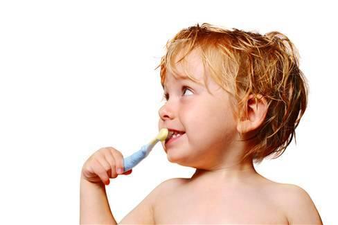 çocuklarda diş fırçası