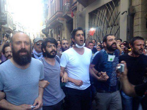 Sosyal-Medyada-en-cok-paylasilan-Gezi-Parki-olaylari-fotograflari_1370385525