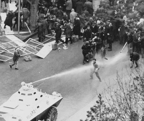 1960 Darbesi: Yine bir 27 mayıs sabahıydı ve bugün
