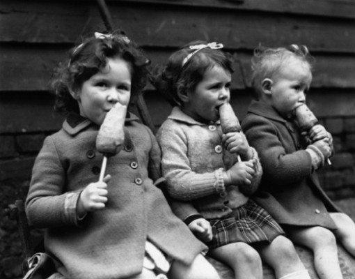 Mutlu Çocukluk