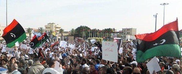 Libya'da devlet kuşatmada