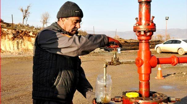 -siirt te petrol-cikarilıyor