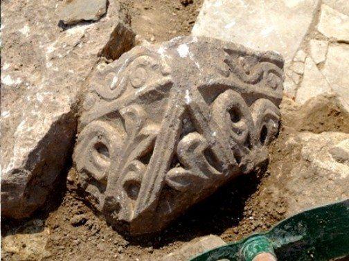 Bathonea kazıları 1