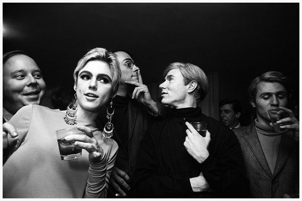 andy-warhol-edie-sedgwick-and-entourage-new-york