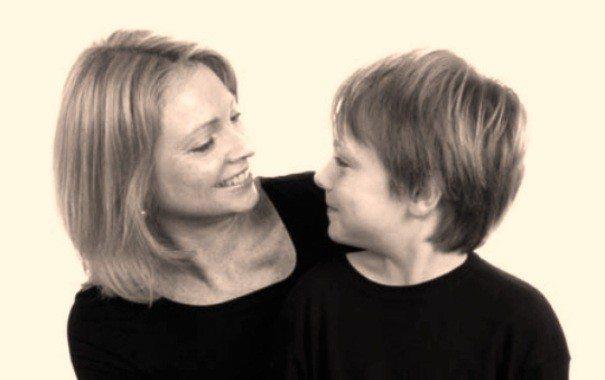 anne-oğul-aslan burcu-çocuk-indigodergisi