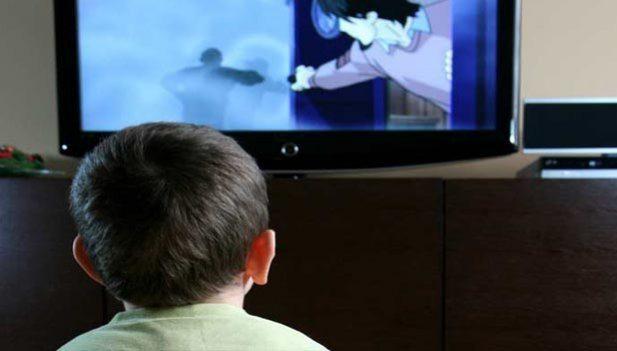 cocuk-televizyon-izleyici-kültür-indigodergisi