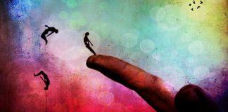 Fark etmek: Tanrı insanı insanla sınıyor