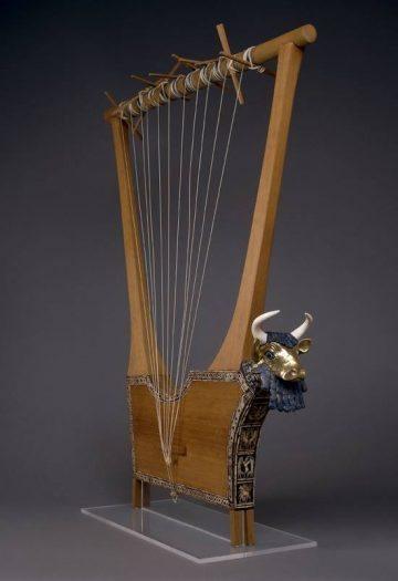 sümer döneminde en çok kullanılan müzik aleti olan Lir