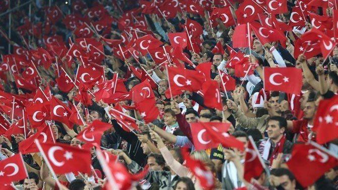 turkiye_taraftar_151013