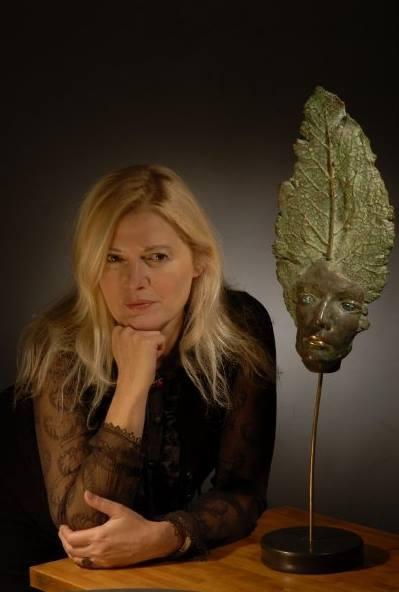 Maria Dimitrova kimdir