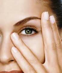 göz bakımı için dinlendirme güzellik maskesi nasıl yapılır