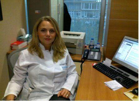 İç Hastalıkları Uzmanı Pınar Sarıyıldız