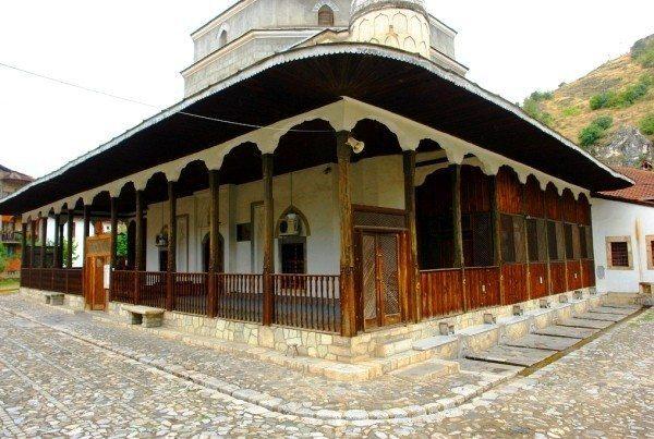 gazi mehmed paşa camii kosova prizren