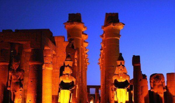 mısır güneş tapınağı Luxor
