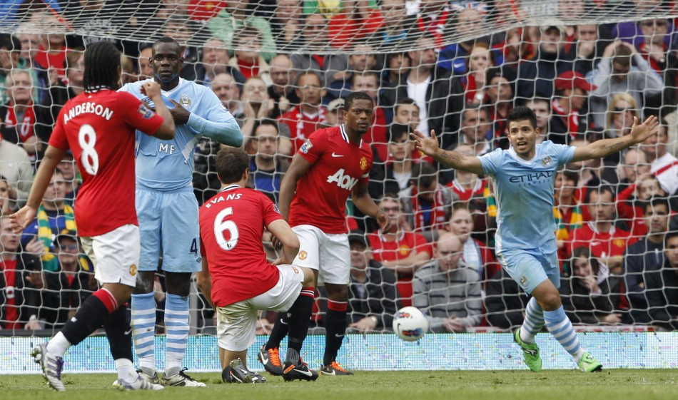 manchester-united-v-manchester-city-flashback