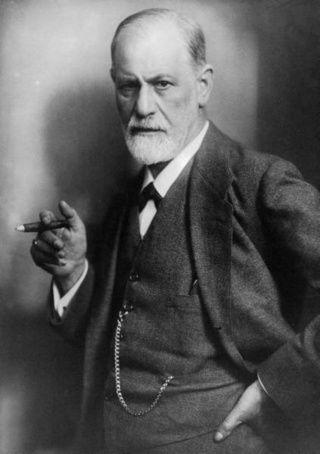 83 yaşında iken son çekilen Fotoğrafı ile Sigmund Freud