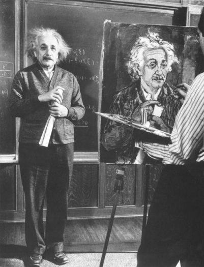 einstein portresini çizdiriyor