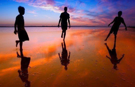 insan çocuk sahil kumsal insan deniz kıyısı