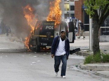 ABD Amerika Ferguson Freddie Gray ku klux klan polis siyahi amerika FBI