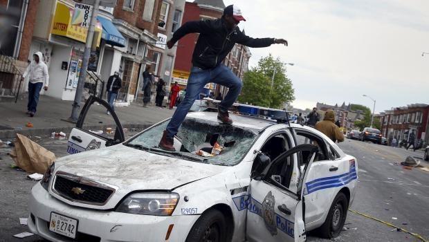 ABD Amerika Ferguson Freddie Gray ku klux klan polis siyahi amerika