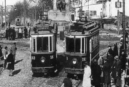 cumhuriyet dönemi tramvay ulaşım taksim tünel istiklal caddesi cumhuriyet