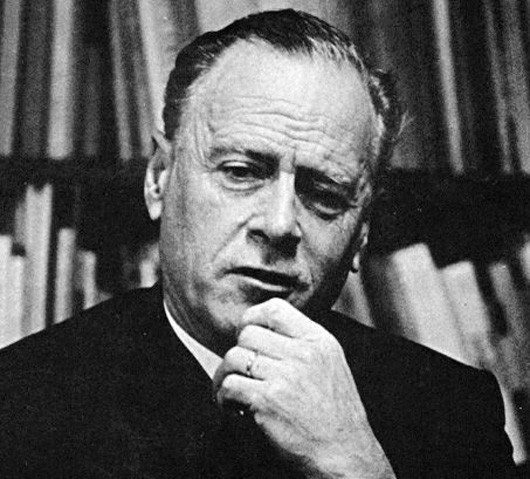 Marshall Mcluhan internet global köy küresel köy İnternet