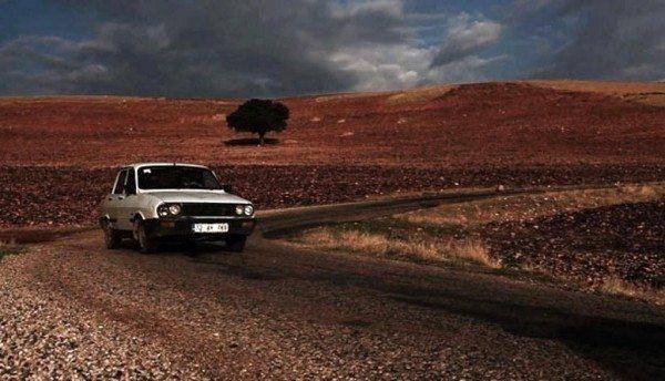 beyaz toros yerli otomobil yerli araba