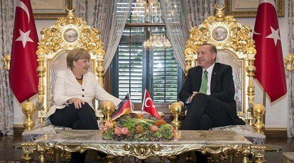 erdoğan merkel altın varaklı koltuk gelecek kaygısı