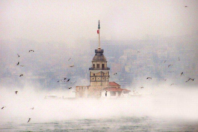 kiz kulesi kız kulesi kız kulesinin tarihi 16. yuzyil tarihi fotograflar hikayesi istanbul salacak uskudar