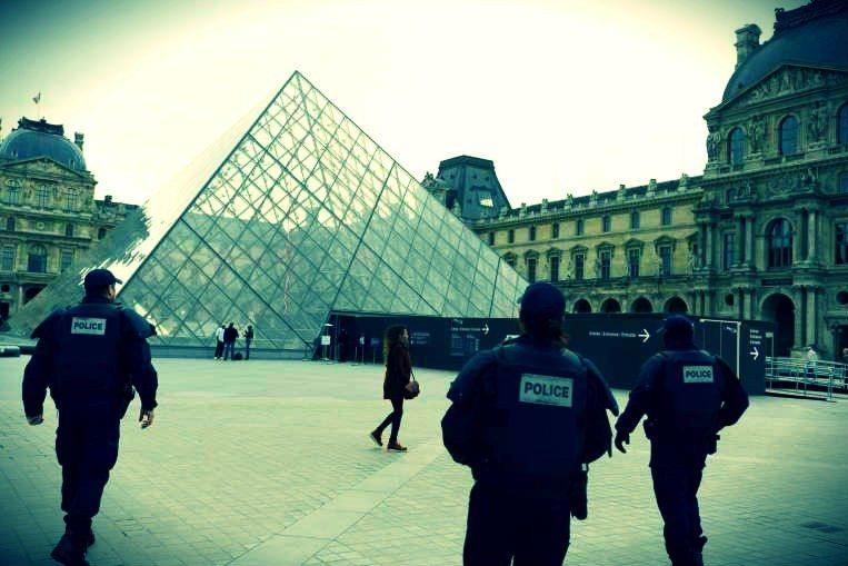 paris saldırıları 14 kasım