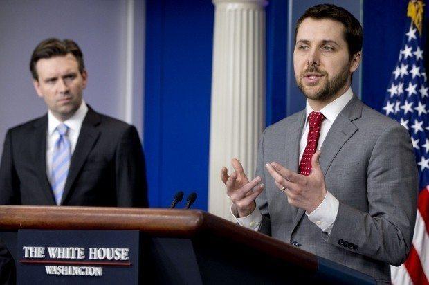 Josh Earnest, Brian Deese obama white house beyaz saray baş danışmanı