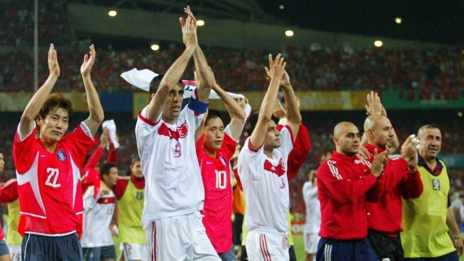 a Milli futbol takımı 2002 dünya kupası başarısı Eduardo Galeano: Gölgede ve Güneşte Futbol 2016