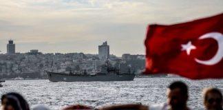rus savas gemisi istanbul bogazi gecisi fuze bataryasi