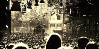 türkiye ahlak tezatlıklar adalet kalabalık istiklal caddesi taksim istanbul