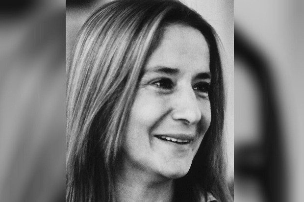 Tezer Özlü: Yaşı olmayan bir kadının yaşamın ucuna yolculuğu