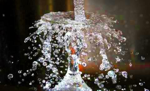 kristalize akıcı yaşam kaynağı