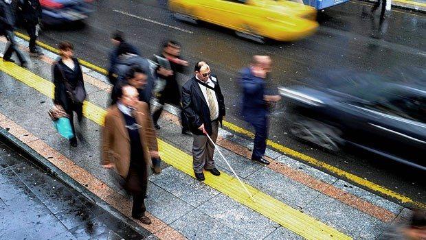 körler için sarı yol bantları istanbul engelli rampalar