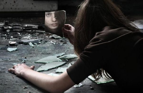 kadınlar kendine nasıl zarar veriyor