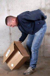 bel ağrısı ağır yük taşıma hatalı eğilme