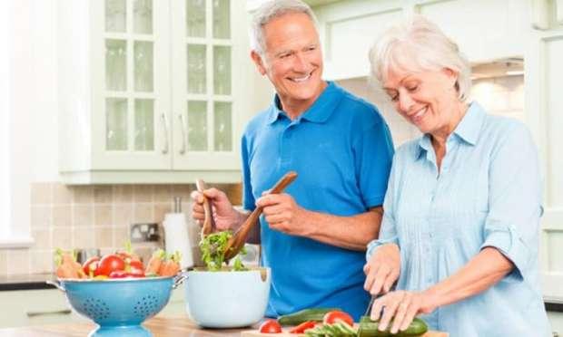 Beslenmede 50 yaş ve üstü için kurallar