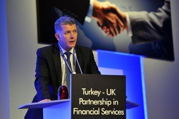 Birleşik Krallık Büyükelçisi Richard Moore