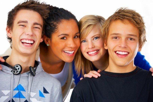 skolyoz omurga eğriliği ergenlik blu çağı erkek kız çocuklar