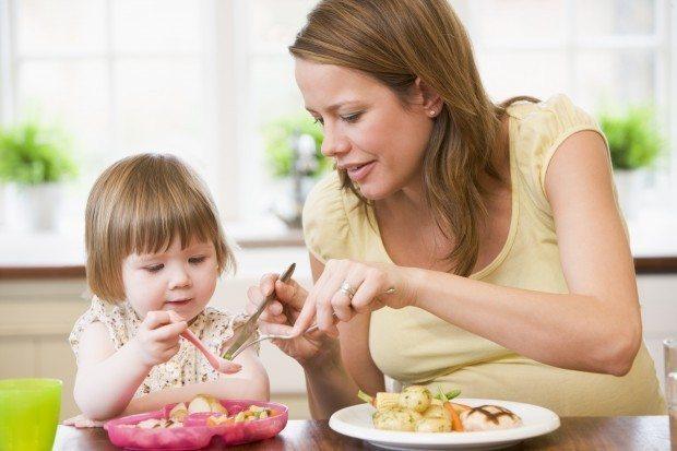 Gebelik sürecinde yanlış beslenme bebeğe zarar veriyor
