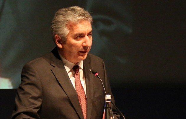 İstanbul Sanayi Odası Yönetim Kurulu Başkanı Erdal Bahçıvan CFO Zirvesi Üretim ile finans arasında kopukluk var