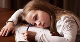 eğitim sistemimiz-mutsuz öğrenci-ezber-rekabet