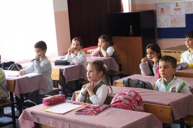 okulda-biriz